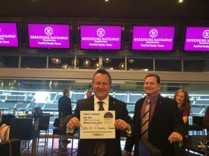dallas-tol Gino Blefari poses with Rick Wylie, broker of Berkshire Hathaway HomeServices PenFed Realty Texas.